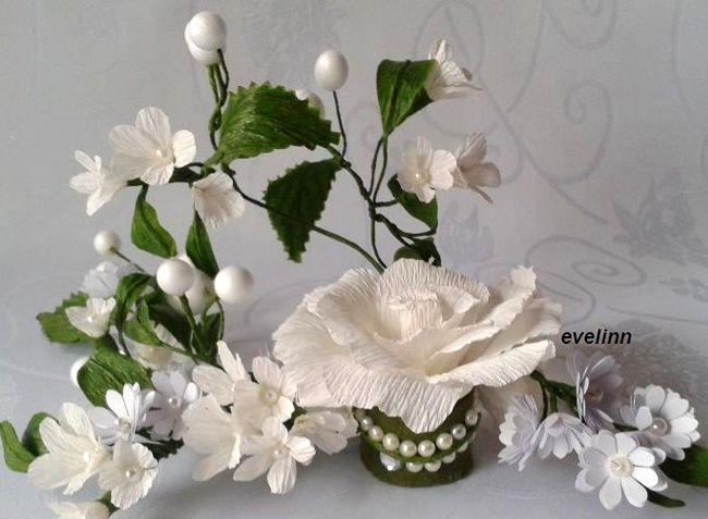 dekoracja z krepiny