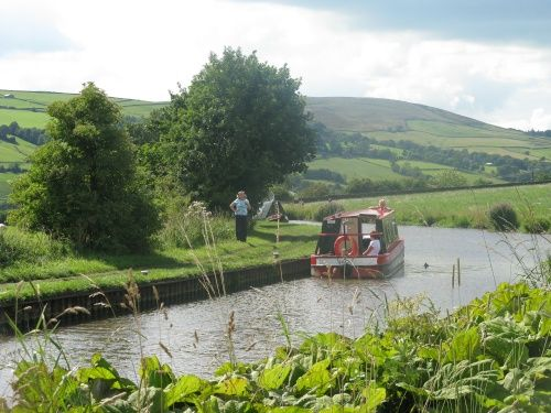 Leeds to Liverpool Canal A picture of: Skipton, North Yorkshire