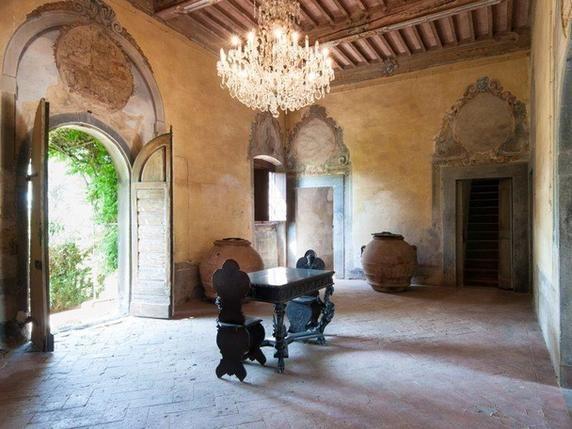 Luxury real estate in Cerreto Guidi Italy - Farmhouse with main villa - JamesEdition