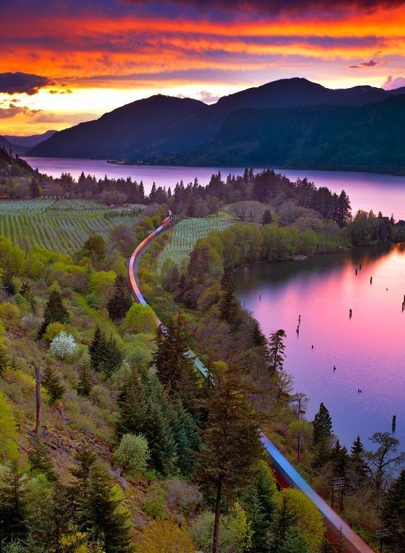 Highway #14 is part of the Lewis and Clark Trail that travels along the north side of the stunning Columbia River Gorge and offers a wide variety of sights and scenes.... road trip, adventure, travel, Washington state, Oregon,  HyperActiveX