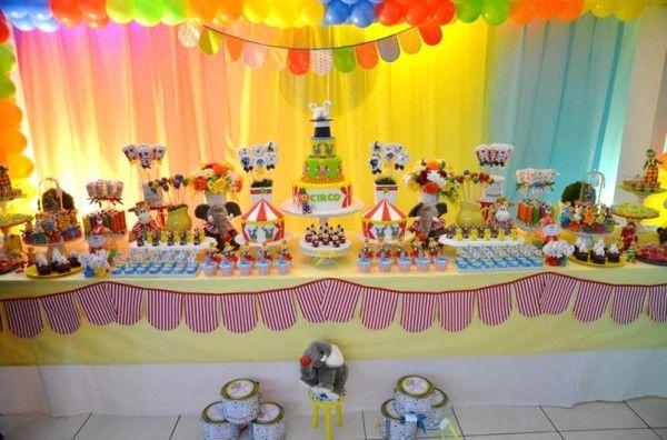 decoracao mesa doces circo