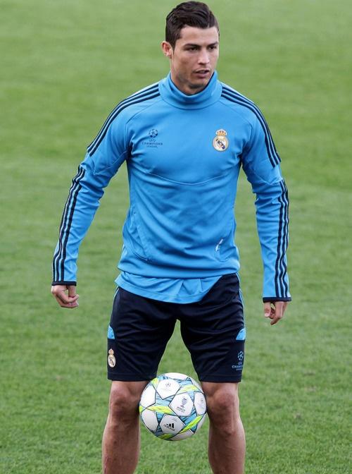 cristiano ronaldo football soccer portugal real madrid messi wahid qambari freestyle 2013 2014