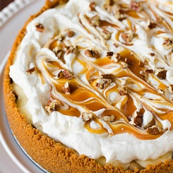 Salted Caramel Apple Cheesecake Pie | Food and drinks | Pinterest