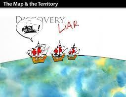 Aquí están los tres barcos La Niña , La Pinta , y La Santa María. le están llamando mentiroso a  Cristóbal Colón porque el no descubrió América.