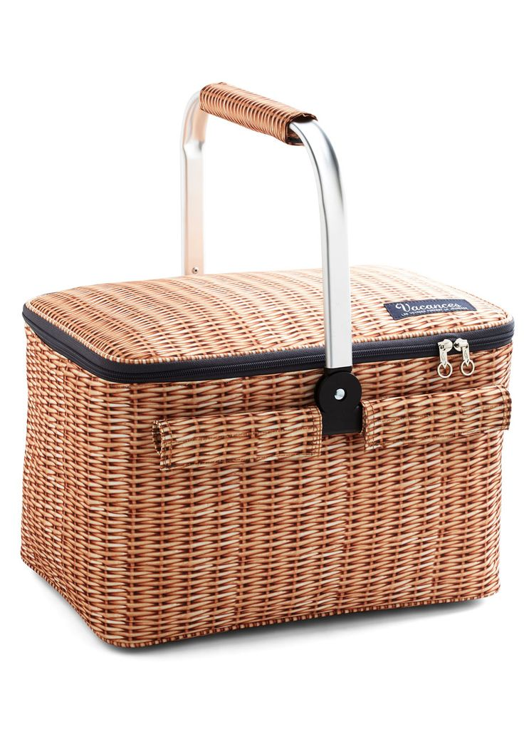 Woods of Wisdom Picnic Cooler. Our best tip for the perfect picnic? #tan #modcloth IT WOULD BE NICE FOR ONE OF THESE !! :)