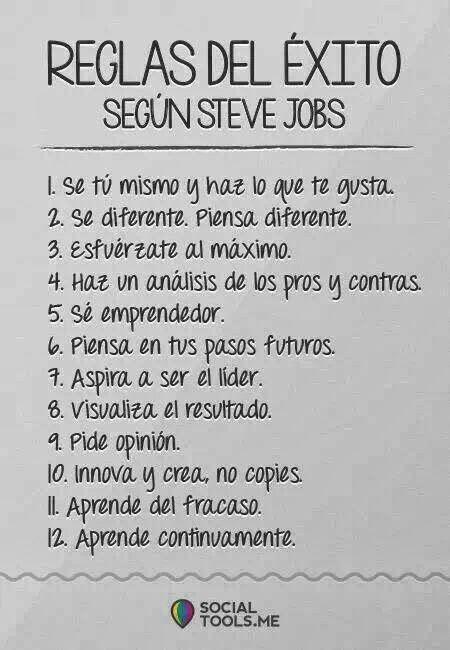 Emprendedores, os comparto infografía con doce reglas para el éxito según Steve Jobs. Fuente: socialtools