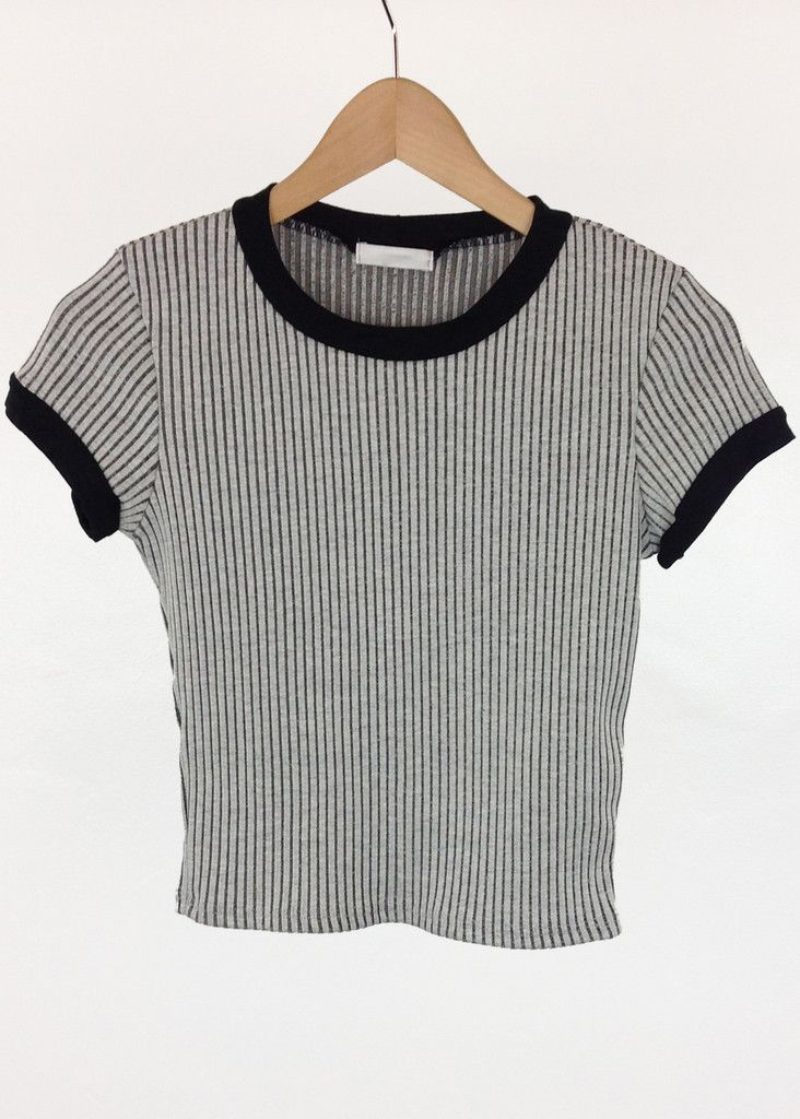 band contrast ribbed crop top