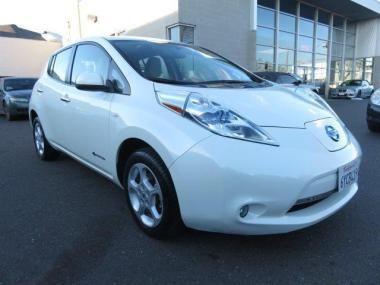 2012 Nissan Leaf SL Hatchback  https://www.auctionexport.com/en/Inventory/Info/2012-nissan-leaf-sl-hatchback-4-doors-106181391