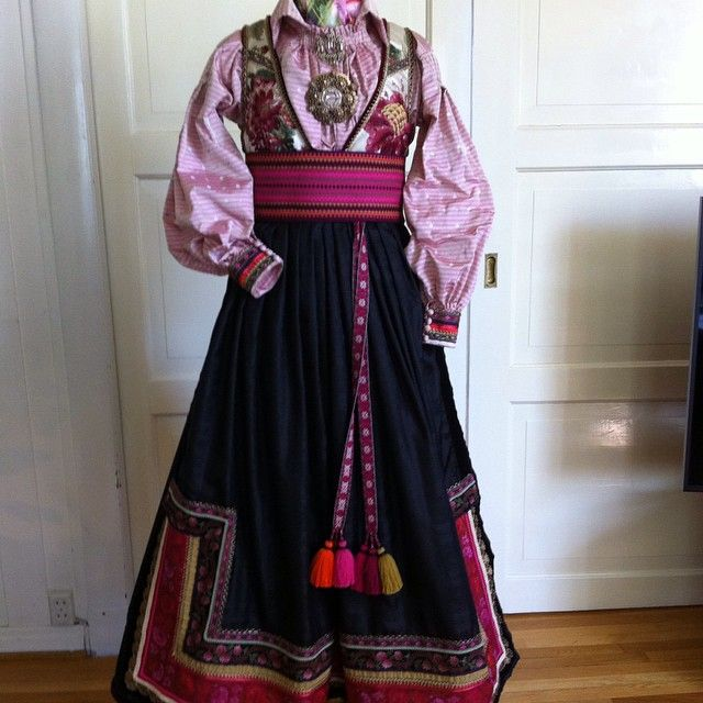 Instagram media by tinesolheim_design - #Beltestakk #norwegian #handmade #national #costume