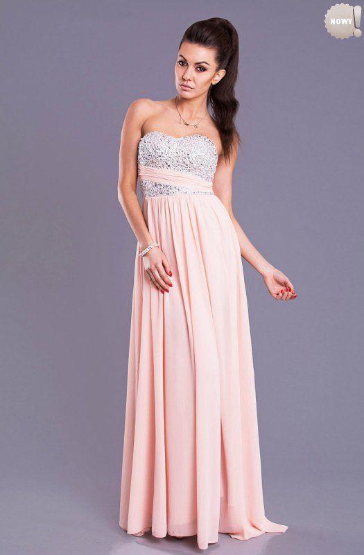 Elegancka długa suknia w stylu Empire, bez ramiączek, z usztywnianymi miseczkami efektownie ozdobionymi kamieniami. #suknia #sukienka #elegancka #różowa #kobieta #moda #trendy