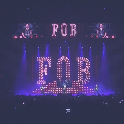 I want to go to a FOB concert.<<<my mom told me in March if they ever came closer to where we live she would take me! -fingers crossed for soon-