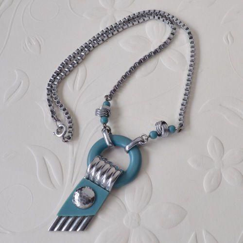Vintage-1920s-Art-Deco-Jakob-Bengel-Blue-Galalith-Chrome-Necklace-Modernist