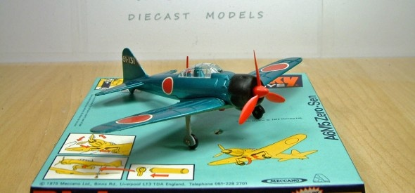 Dinky Toy A6M5 Zero-Sen Japanese fighter Aircraft, famous for the raid on Pearl Harbour. This diecast model was produced between 1975 and 1978.
