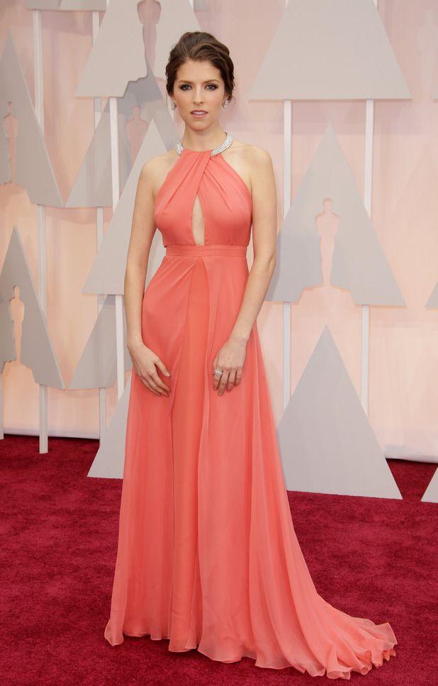 Anna Kendrick, 2015 Akademi Ödülleri kırmızı halı