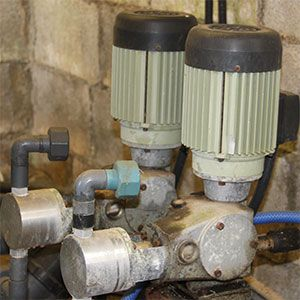 En fertirrigación los equipos de inyección pasivos o activos facilitan la incorporación de fertilizantes y nutrientes al agua de riego. De estos equipos, los eléctricos tanto de pistón como de membrana, son los que mejor garantizan el control de los porcentajes de aplicación.