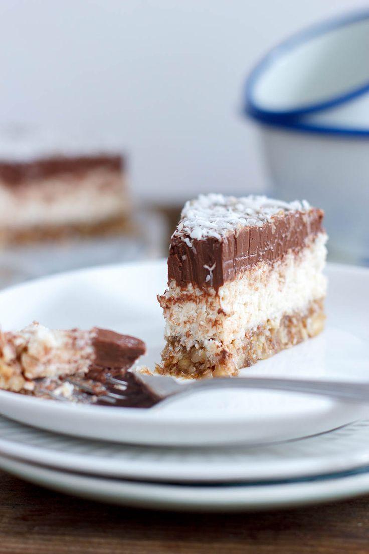Een gezonde bounty in taartvorm. Moet ik hier nog meer woorden aan vuil maken? Ok: dit wil je!