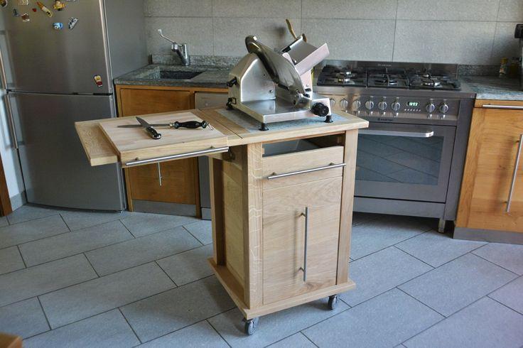 Pi di 25 fantastiche idee su cucina isola su ruote su - Carrelli estraibili per cucine ...