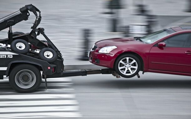 Towing A Car Cost In 2020 Towing Service Towing Car