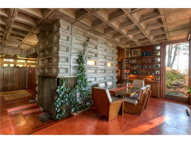 WANT: Frank Lloyd Wright houses for sale in Seattle area