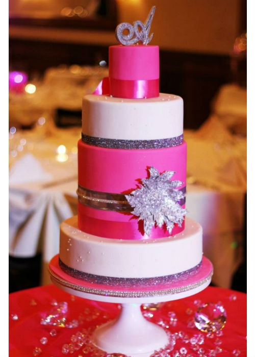 This is for the girl who loves Bling and Hot Pink! Could this not be more fun? This cake definitely takes the spotlight and the White Wedding cake stand works well with the alternating tiers. Cake design by Sugar Realm - Fine Bakery + Confectioners Design. #wedding, #cakestand, #cake_stand
