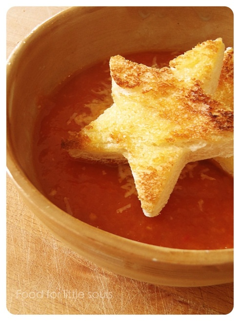 tomato soup with star toasts
