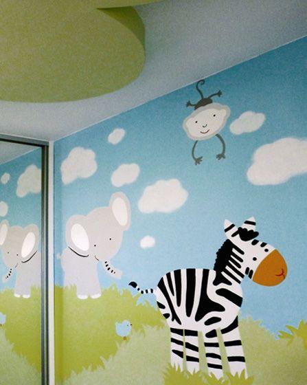 Ζωγραφική στον τοίχο για βρεφικό δωμάτιο με θέμα τα ζωάκια της ζούγκλας. Δείτε περισσότερες ιδέες διακόσμησης για το παιδικό ή βρεφικό δωμάτιο στη σελίδα μας  www.artease.gr