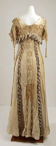 Evening dress Design House: House of Paquin (French, 1891–1956) Designer: Mme. Jeanne Paquin (French, 1869–1936) Date: 1904 Culture: French Medium: silk