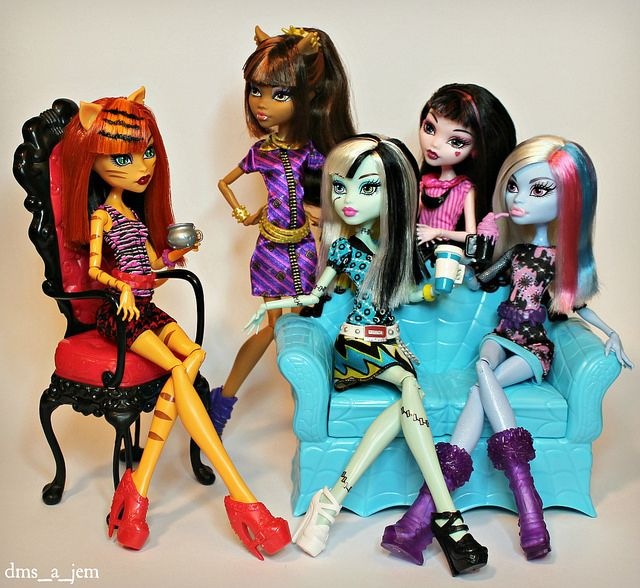 Monster High Coffin Bean™ Toralei Stripe™, Clawdeen Wolf