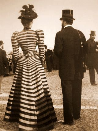 Promenading was taken quite seriously by the leisure loving lassies of the Belle Epoque. This striped confection must have wowed the crowd in either raffish Monte Carlo or Longchamps. About 1896-99.