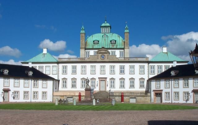 Denmark - Fredensborg Palace is the spring and autumn residence of The Queen and Prince Consort. Within the grounds is  Chancellory House, residence of the Crown Princely family.