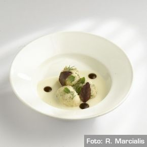 Chef Davide Oldani - Frittella al tartufo bianco D'O   /   D'O white truffle fritter