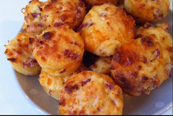 Recette : Muffin au fromage et bacon.