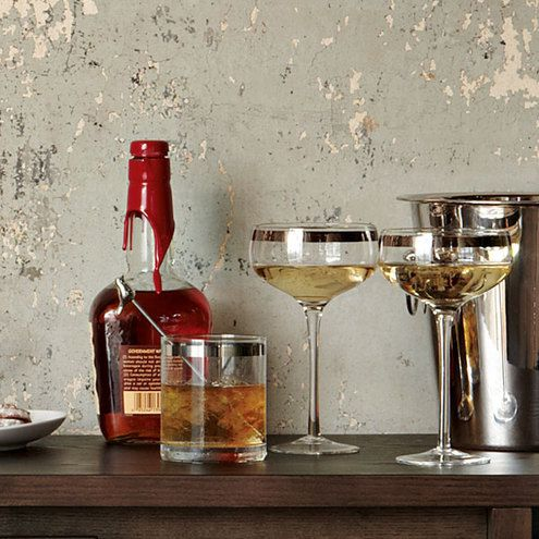 The 6 Best Whiskey Drinks for Fall » Man Made DIY | Crafts for Men « Keywords: how-to, bourbon, alcohol, autumn