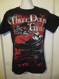 This is a guys shirt, BUT I LOOOOVVVVVVEEEEE Three Days Grace!!! By Hot Topic