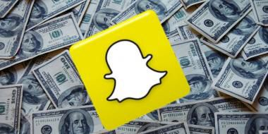 Things just keep getting better for snapchat lately, snapchat founder Evan Spiegel recently met with  Saudi Prince Alwaleed Bin Talal, now Alibaba has invested $200 million in Snapchat. #businessnews #worldnews #news #business #snapchat #alibaba #app #startup #uae #dubai #mydubai #gccnews #gccbusinesscouncil #gulfnews #middleeast #socialmedia