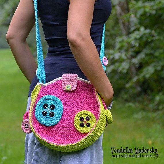 Crochet Buttons Bag crochet pattern DIY by VendulkaM on Etsy cool pattern i'd like to buy