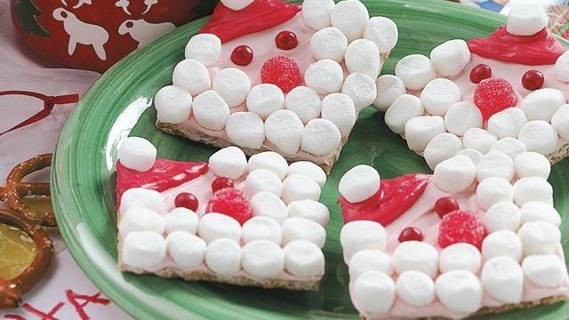 graham cracker santas - Cute idea for a school treat!Cookies, Fun Recipe, Food, Christmas, Schools Treats, Kids, Graham Crackers, Santagraham, Santa Graham