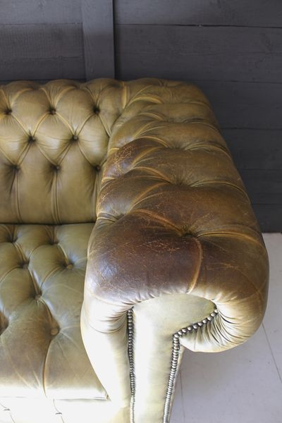317 best Chesterfield + Leather Seating images on Pinterest - gemütliches sofa wohnzimmer