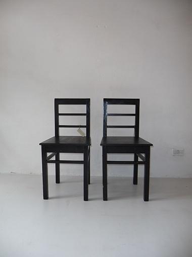 Interior design recupero coppia di sedie nere vintage in legno SESTINI E CORTI