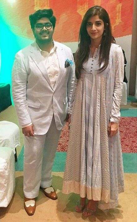 Ahmed Sarym with the Stunning Mawra Hocane at the Iftar Reception hosted by the Indian High Commision! ❤ #MawraHocane #IftarReception #IndianHighCommision #PakistaniActresses #PakistaniCelebrities