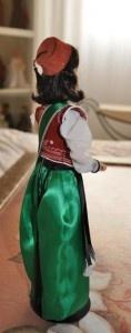 Barbie Abanderada 2013, Mª Salud Cebrian Olaya, de las Huestes del Cadí de las Fiestas de Moros y Cristianos de Elda (Alicante)