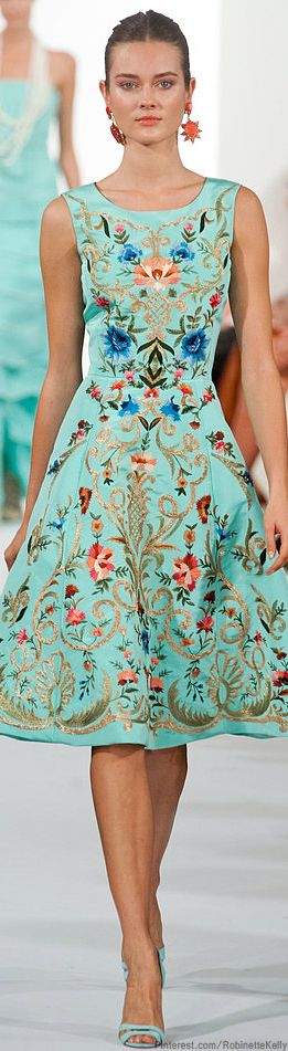 Oscar de la Renta | S/S 2014:  Vintage inspired dress in mint with coral contrasts.
