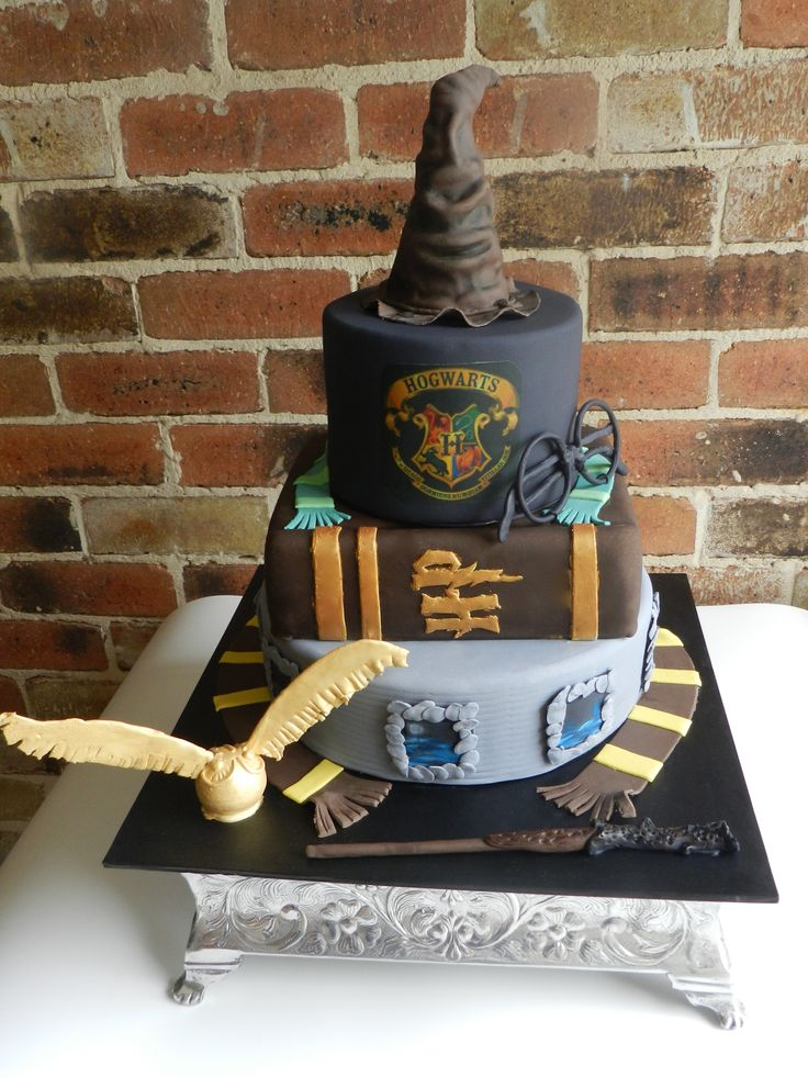 Happiness can be found, even in the darkest of times, if one only remembers to turn on the light. Harry Potter Cake