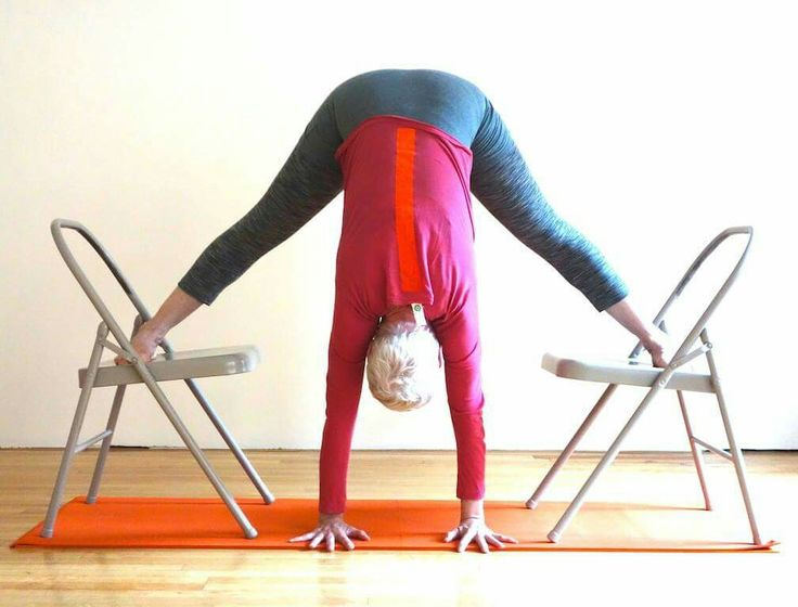 138 best chair yoga images on pinterest for Chaise yoga iyengar