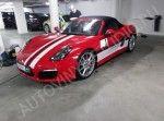 """завершена работа по оклейке автомобилей """"Porsche""""     для (Moscow City Racing ).работа производилась на территории заказчика."""