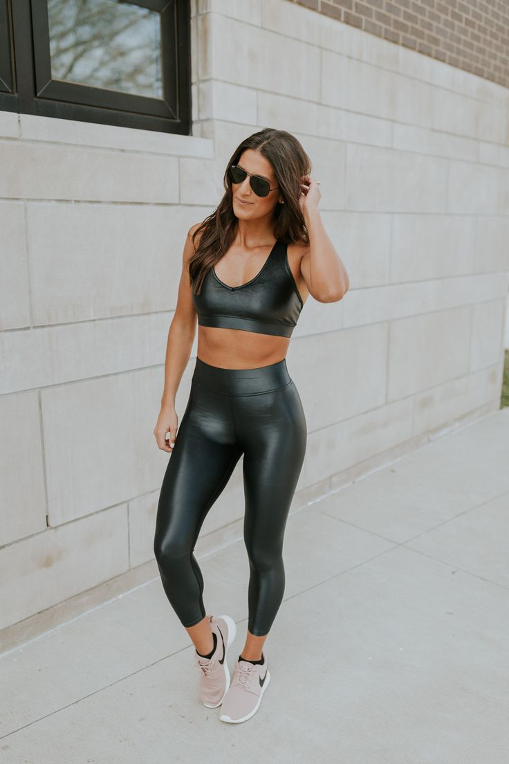 43 Best Dominant Leather Women Images On Pinterest  Woman -4490