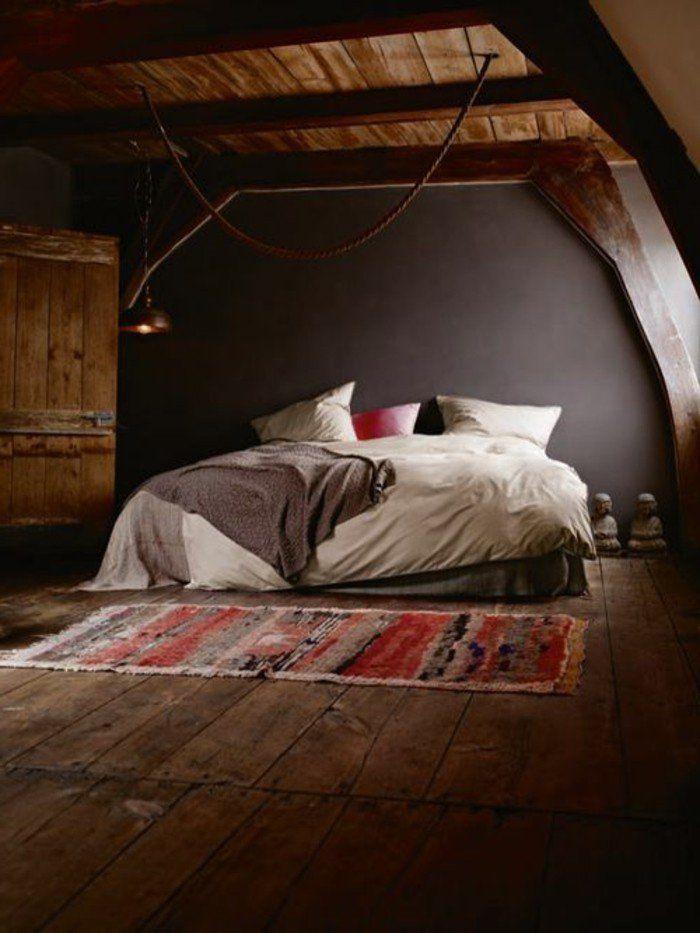 Les 25 meilleures id es de la cat gorie plafond en pente for Photo de chambre a coucher