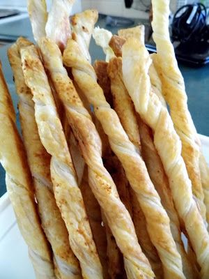 One Mother Hen: Parmesan pastry straws