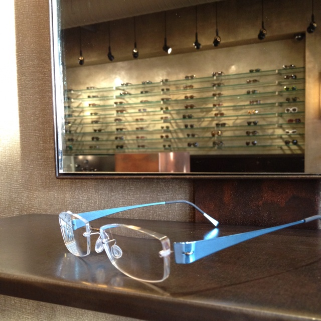 Lindberg frames. Form, strength function and beauty.