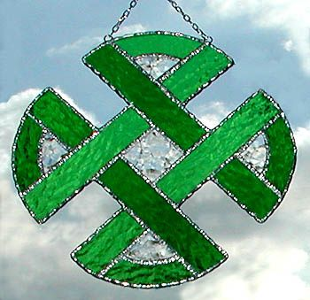 """Green Celtic Knot Stained Glass Sun Catcher - 8 1/2"""""""